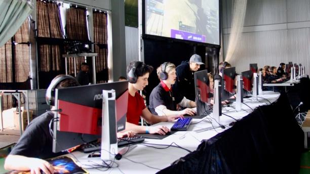 Unge bygger business på gaming