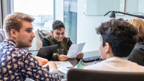Unge drenge fra Nivå og Kokkedal søger mentorer til mikrovirksomheder